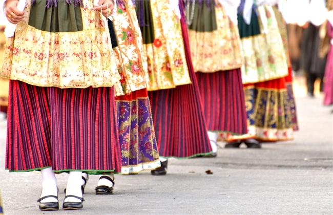 tipico-costume-sardo---marianna-chillau20110509-1132-1172413_0x420