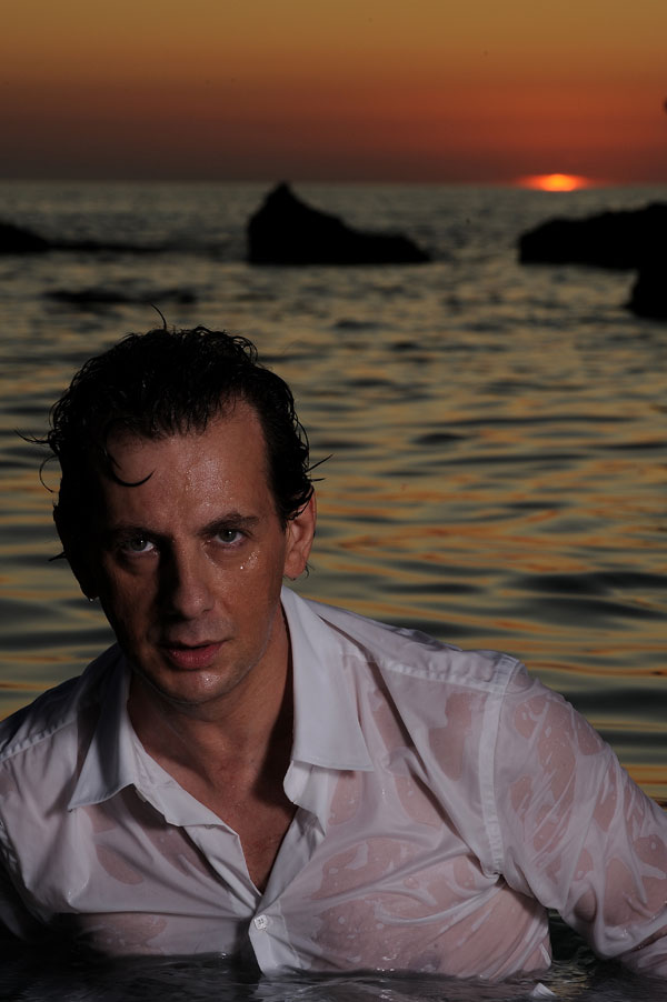 GIULIANO MARONGIU FOTO 2009 - SANDRO TOCCO   primo piano in mare