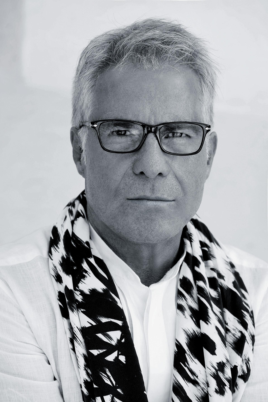 054ac476dc49 Carlo Pignatelli  intervista al maestro della moda sposa e sposo ...