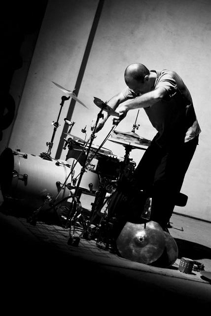 Roberto Dani (foto di Fabio Macis) (s) (1)