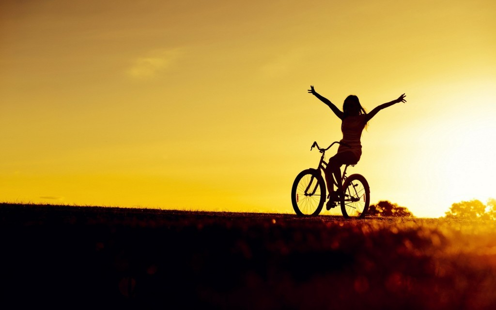 bicycle-girl-photo-wallpaper-1920x12001-1024x640
