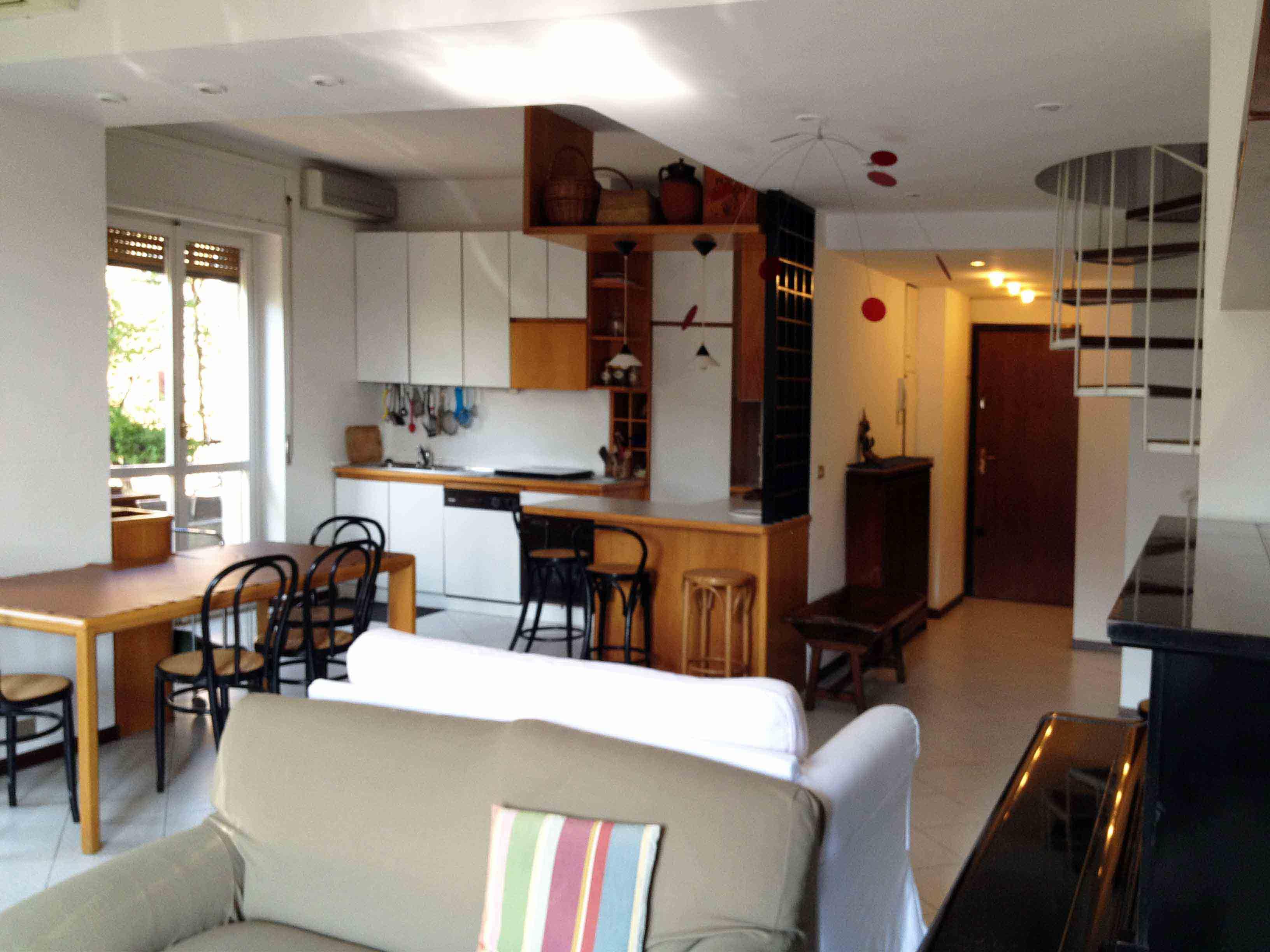 Vendita attico e super attico a milano rivista donna - Cucina e salotto ...
