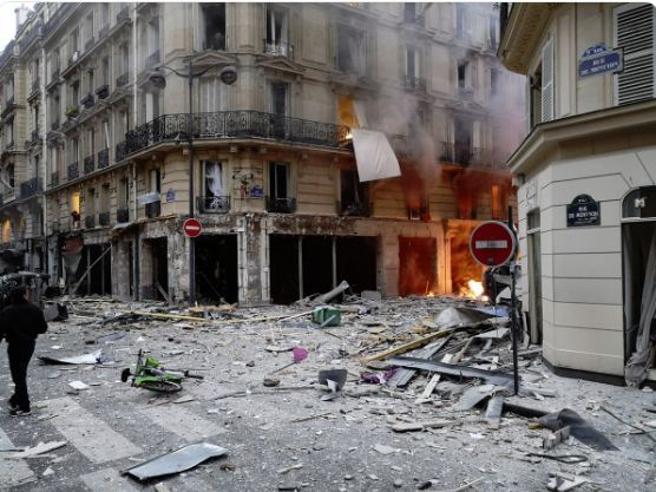 parigi-esplosione-rivistadonna