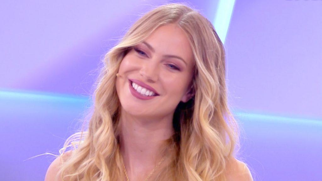 Taylor-Mega-RivistaDonna.com