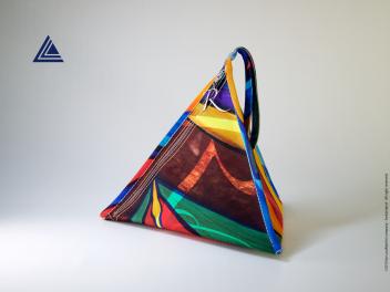 Pyramid-Bags-RivistaDonna.com