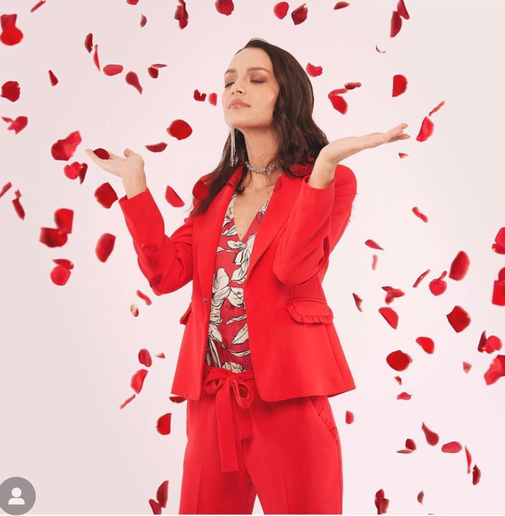Mary-Emme-Rosso-RivistaDonna.com
