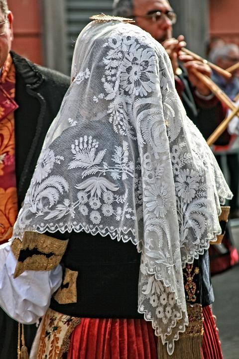 Donna-Sarda-RivistaDonna.com
