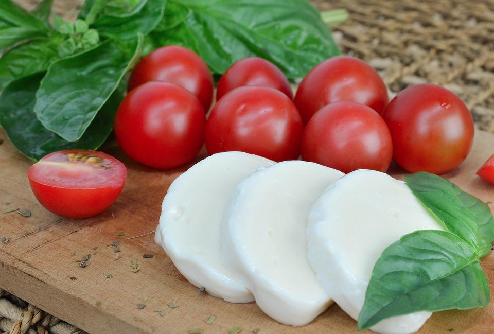 Mozzarella-di-Bufala-RivistaDonna.com