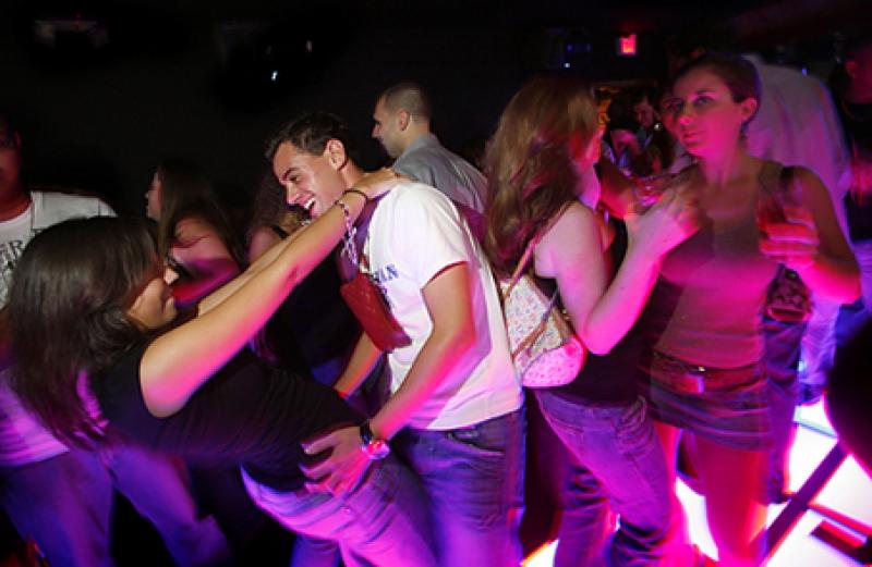 amore in discoteca