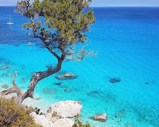 Spiagge-CalaGolorizè-RivistaDonna.com